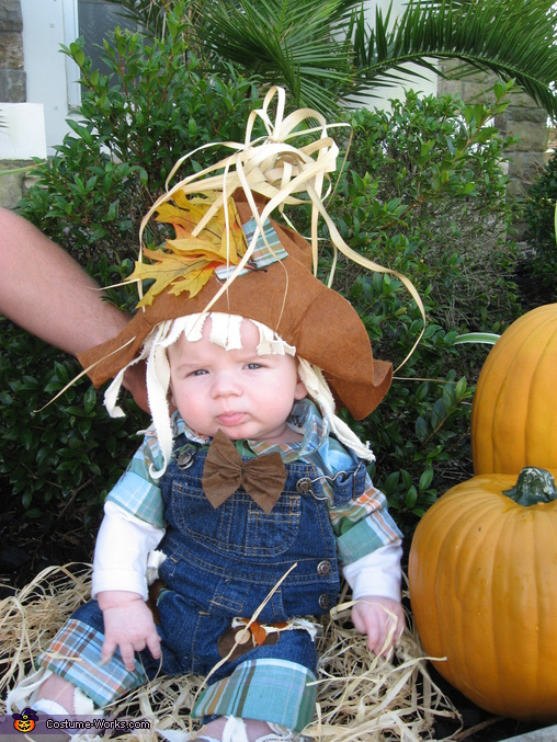 Mommy's Little Scarecrow - Homemade costumes for babies