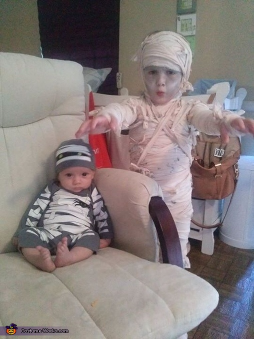 Mommy's Mummy Homemade Costume