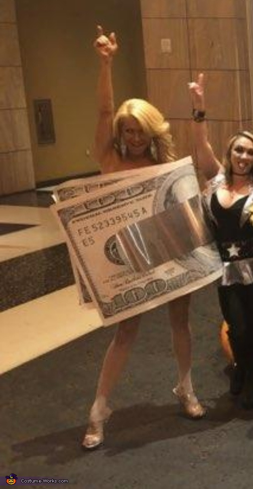 Money Clippin' Costume