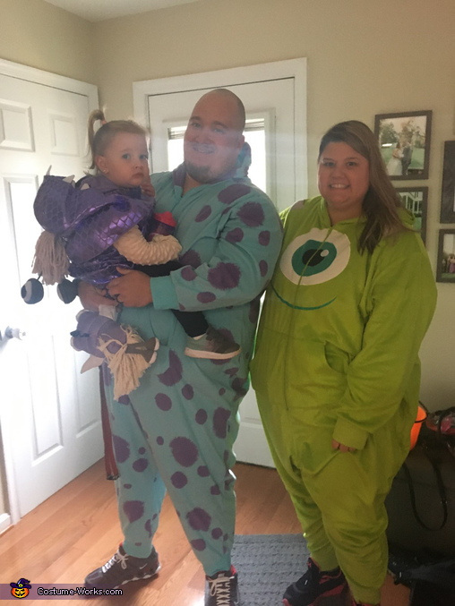 Family costume, Monsters Inc Costume