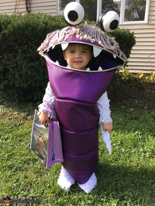 Monsters Inc Boo And Mike Wazowski Costume No Sew Diy Costumes Photo 3 3