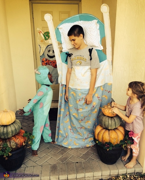 Sully scaring the boy in the bed Monsters Inc. , Monsters Inc. Family Costume