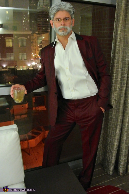 The Most Interesting Man In The World, The Most Interesting Man in the World & his Drink of Choice Costume