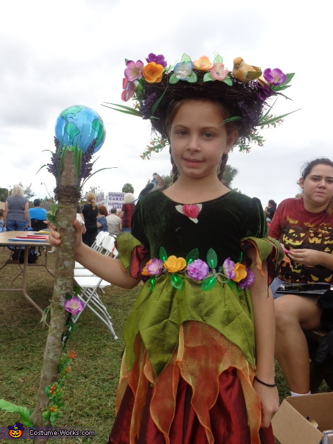 Mother Nature Costume Idea for Girls