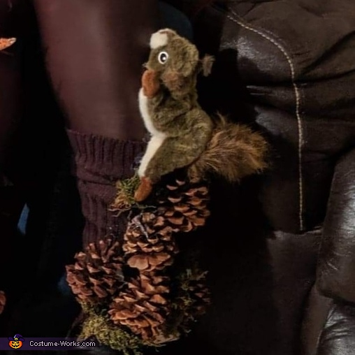 Pinecone squirrel foot, Mother Nature Costume