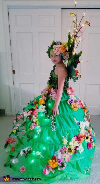 side, Mother Nature Costume