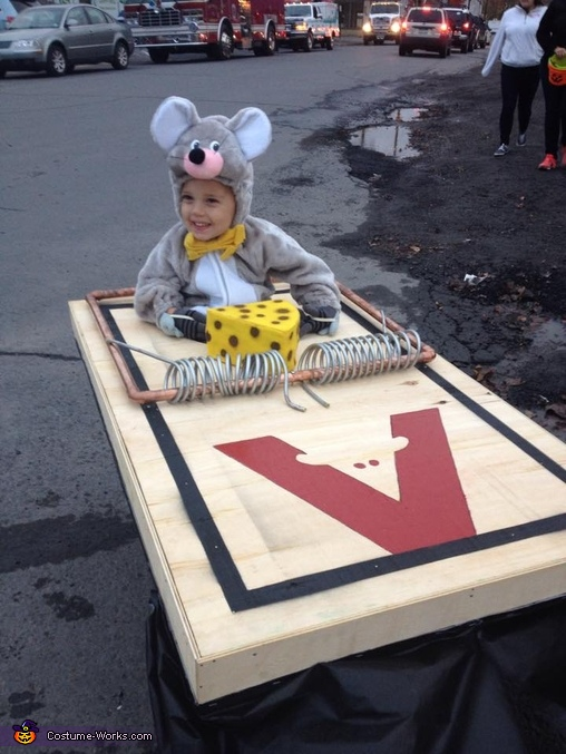 Mouse caught in a Trap Baby Costume