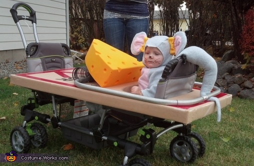 Mouse in a Trap Baby Costume