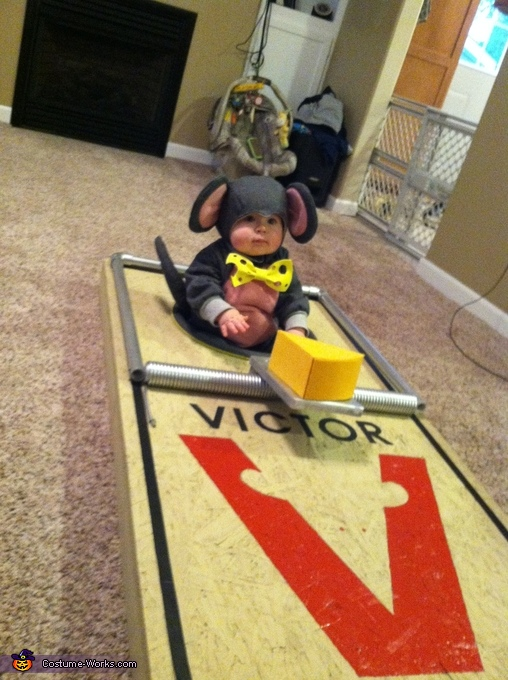 mouse trap on floor mouse trap costume