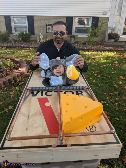 Arrow with her Papa G, Mouse Trap Costume