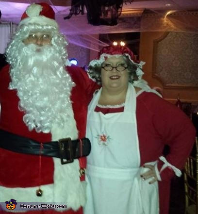 Mr. and Mrs. Claus Couples Costume