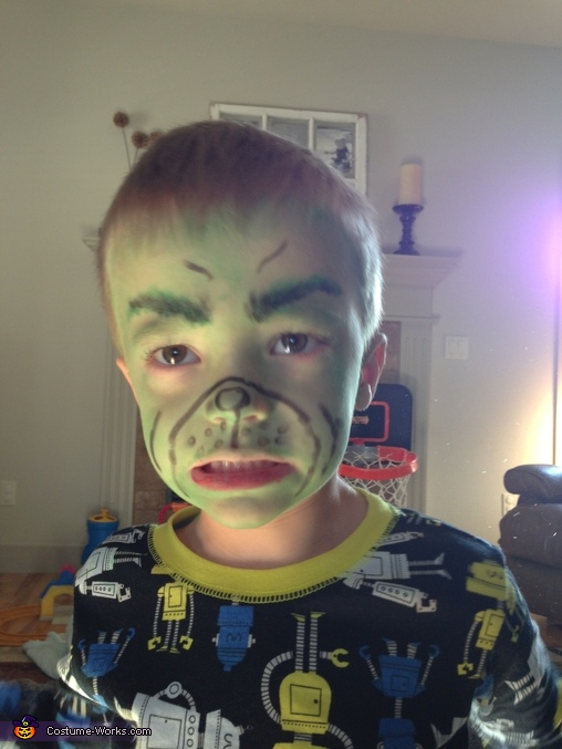 The FACE!, Mr. Grinch Costume