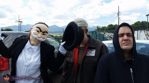 Obey, Mr. Robot Costume