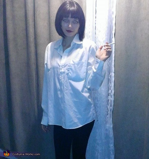 Mrs. Mia Wallace Costume