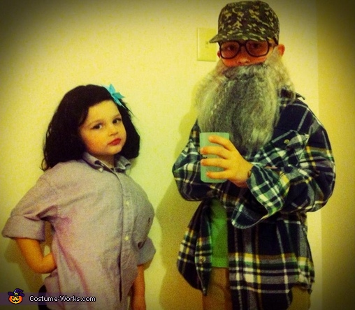 Ms. Kay and Uncle Si from Duck Dynasty Costume