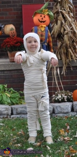 Walk like a mummy!, Mummy Boy Costume
