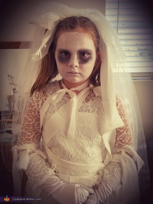Mummy bride, Mummy Bride Costume