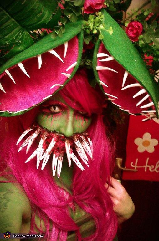 Mutant Venus Flytrap Costume