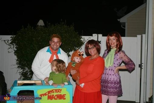 Mystery Inc. Costume