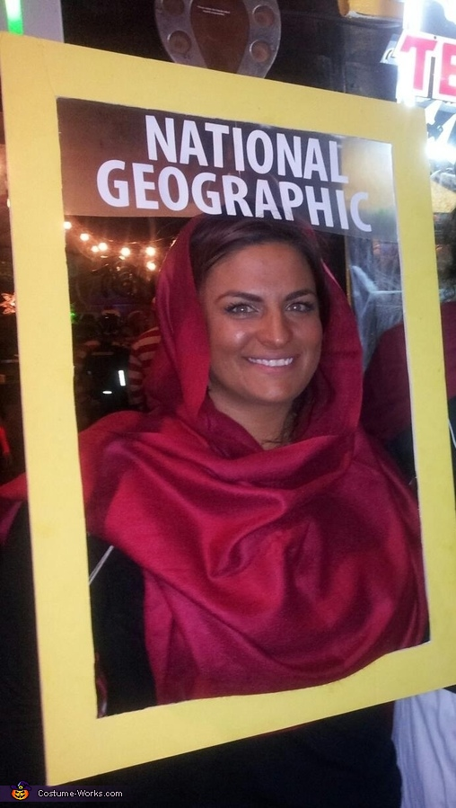 National Geographic 'Afghan Girl with Green Eyes', National Geographic Afghan Girl Cover Costume