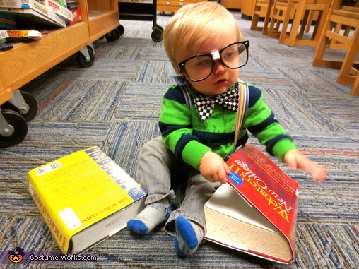 Don't all babies read the dictionary? , Nerd Baby Costume