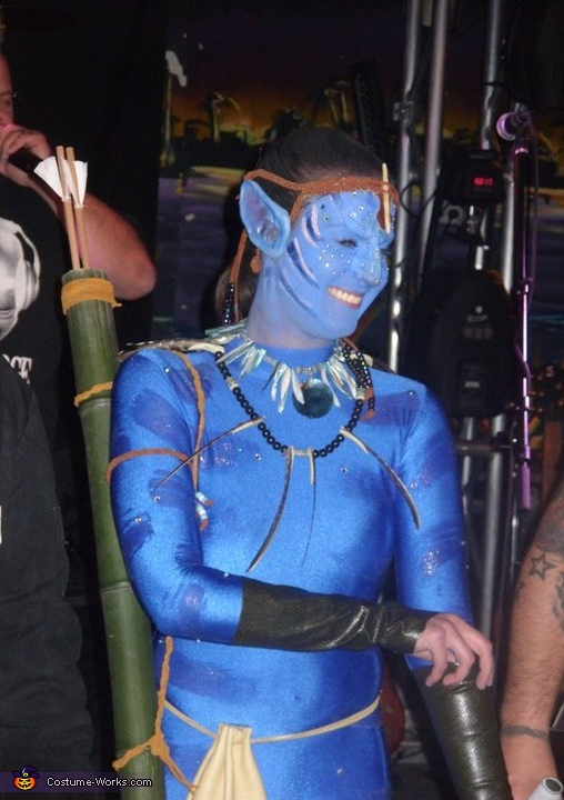 Action shot, Neytiri - Avatar Costume