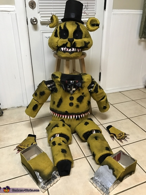 All laid out, Nightmare Golden Freddy Animatronic Costume