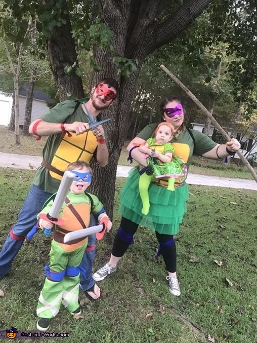 4 Ninja Turtle Family Costume