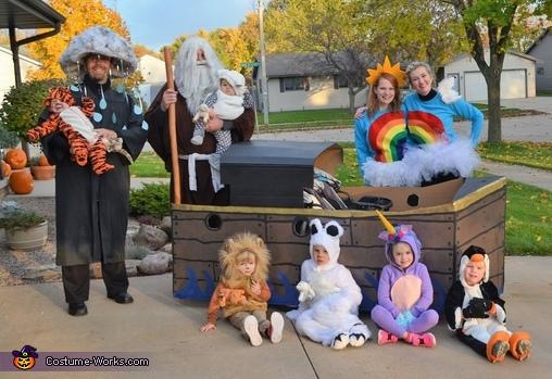 Noah's Crew Costume