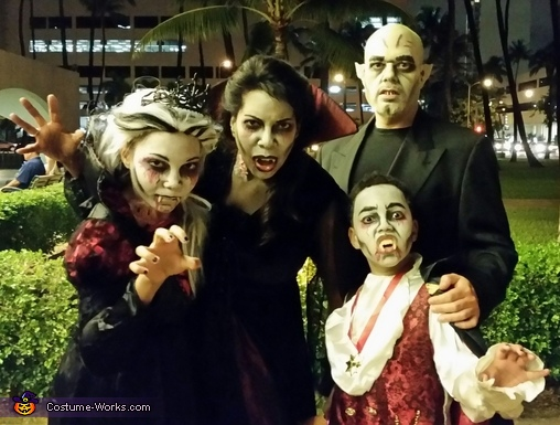 Nosferatu and Family of Blood Suckers Costume