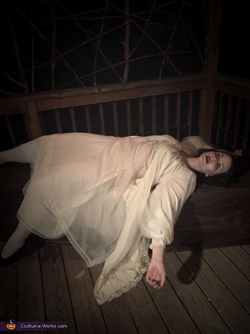 Weak, Nosferatu and Victim Costume