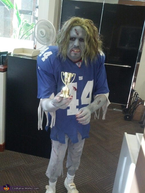 NY Giants Zombie Costume