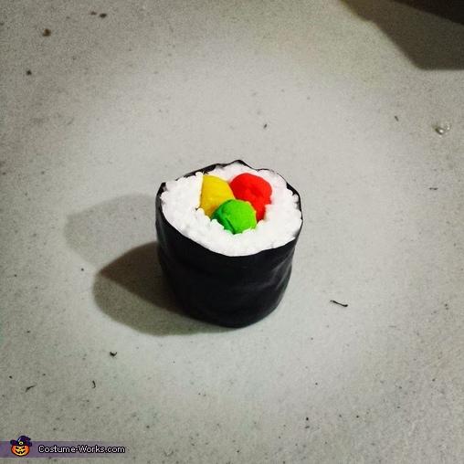 sushi , Nyotaimori Costume