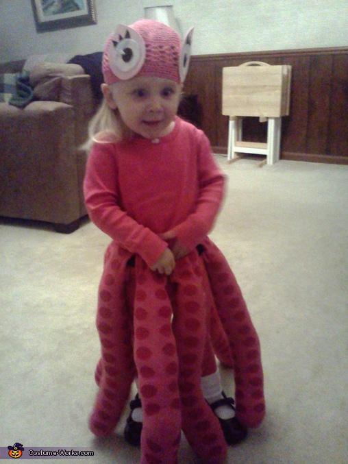 Octopus costume, Momma's Little Cupcake Costume