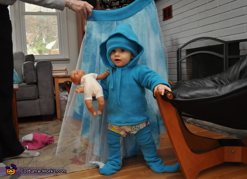 Octopus 'babylegs', fleece and hat while using circle water skirt as a backdrop, Octopus Swimming in the Ocean Costume