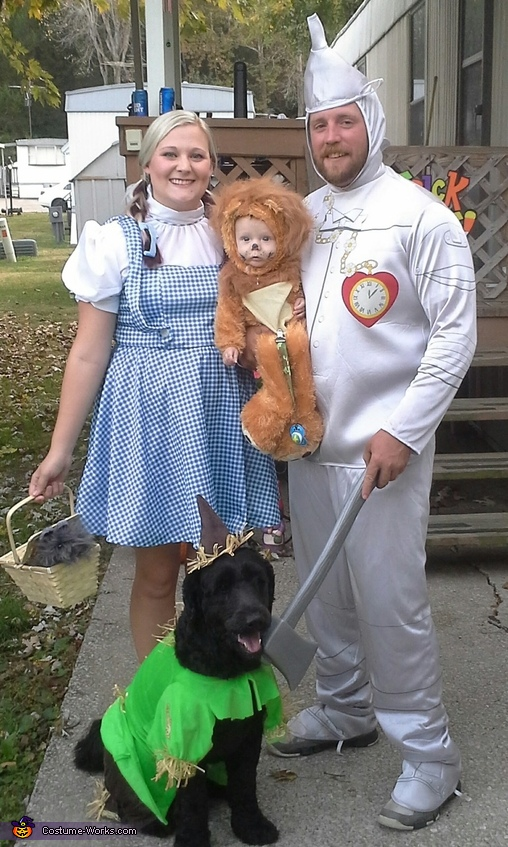 Off To See The Wizard Family Costume