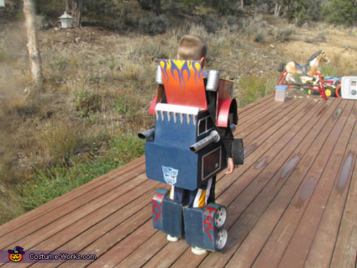 Optimus Prime - Homemade costumes for boys