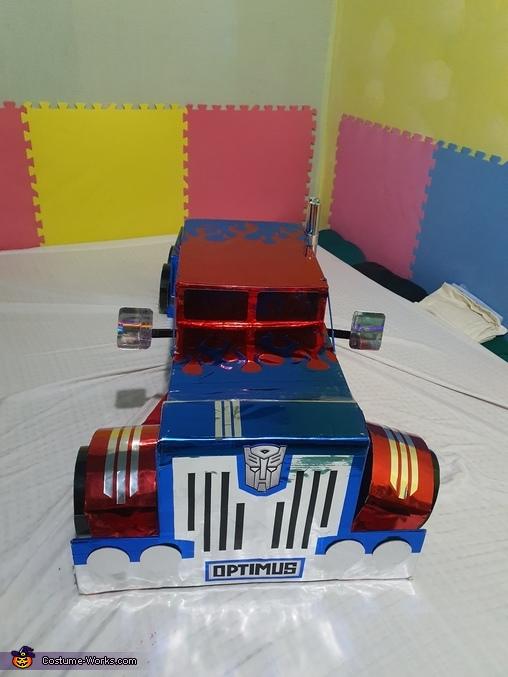 Front view, Optimus Prime Costume