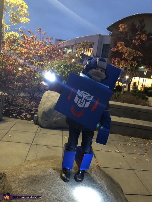 Lighted up, DIY Transforming Optimus Prime Costume