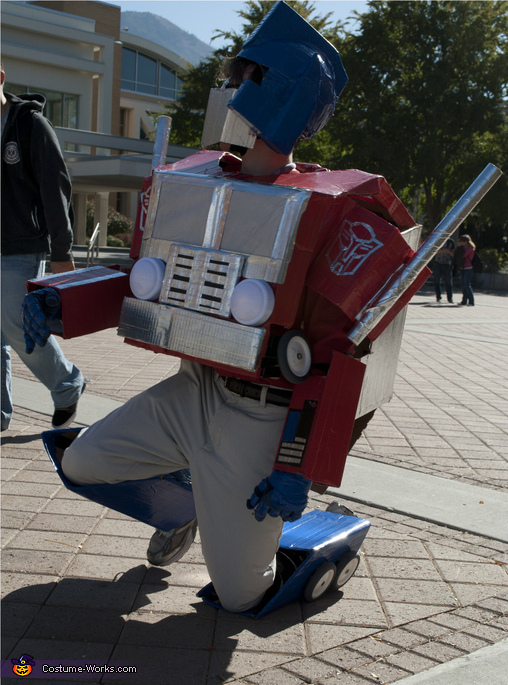 Transforming - 1, Transformable Optimus Prime Costume