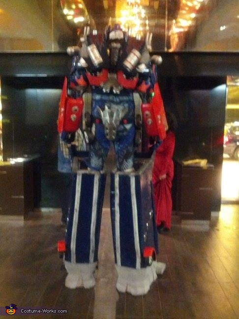 I think wer'e gonna need a bigger elevator, Dark of the Moon Optimus Prime Costume