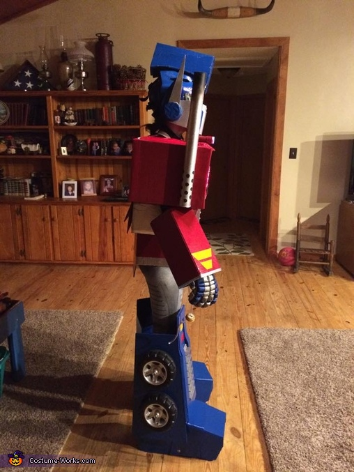 Side View of the Prime!, Optimus Prime Costume