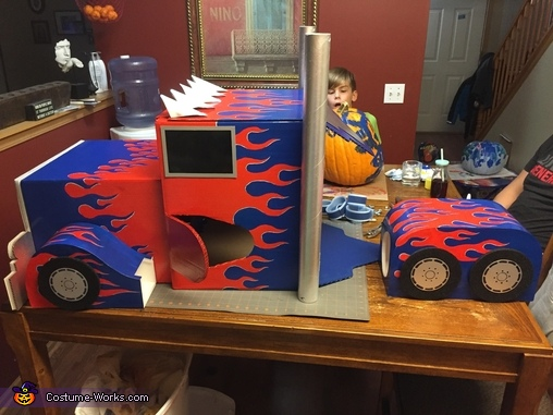 Side view, DIY Optimus Prime Costume for Boys