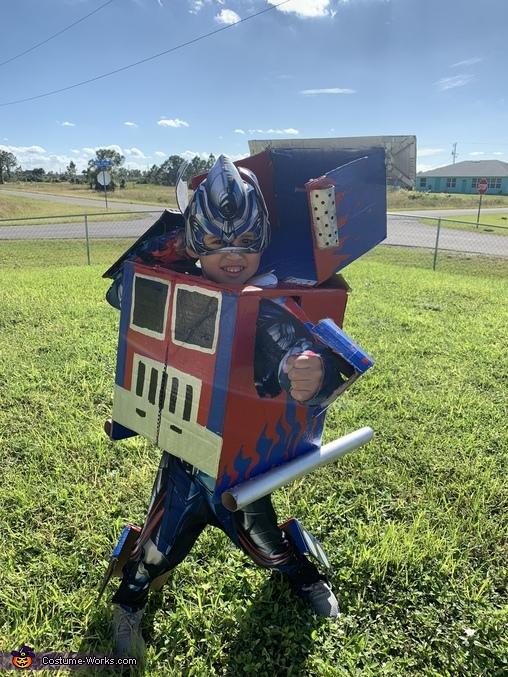 DIY Optimus Prime Transformers Costume