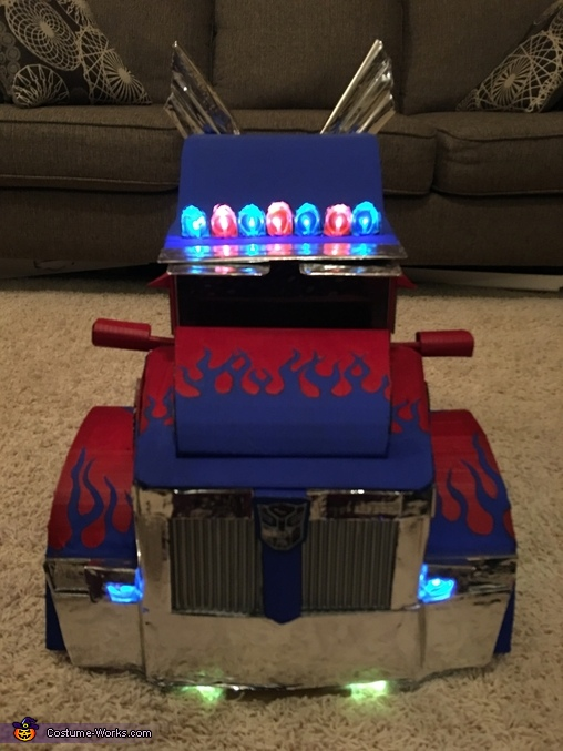 Front, Optimus Prime Transforming Costume