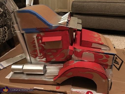Mid paint, Optimus Prime Transforming Costume