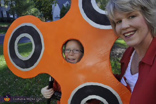 Fidget Spinner and Mommy!, Orange Fidget Spinner Costume