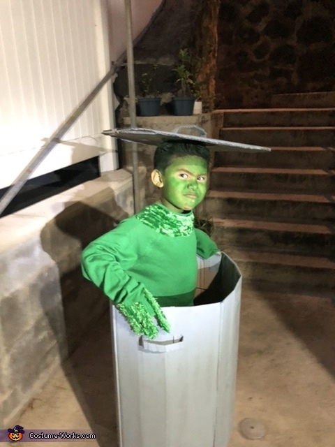 Ready to move into the new year 2021...., Oscar the Grouch Costume