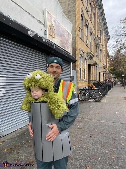 Oscar the Grouch hanging with DSNY Costume