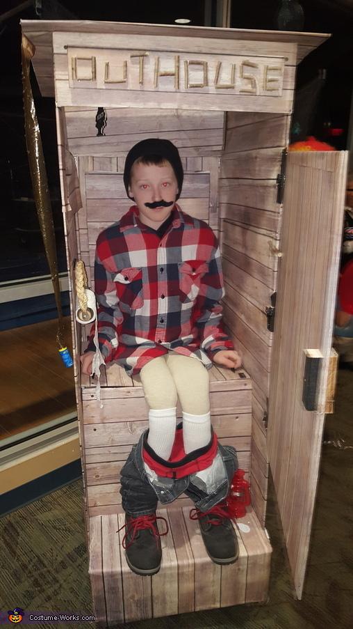 Outhouse Costume Photo 2 3